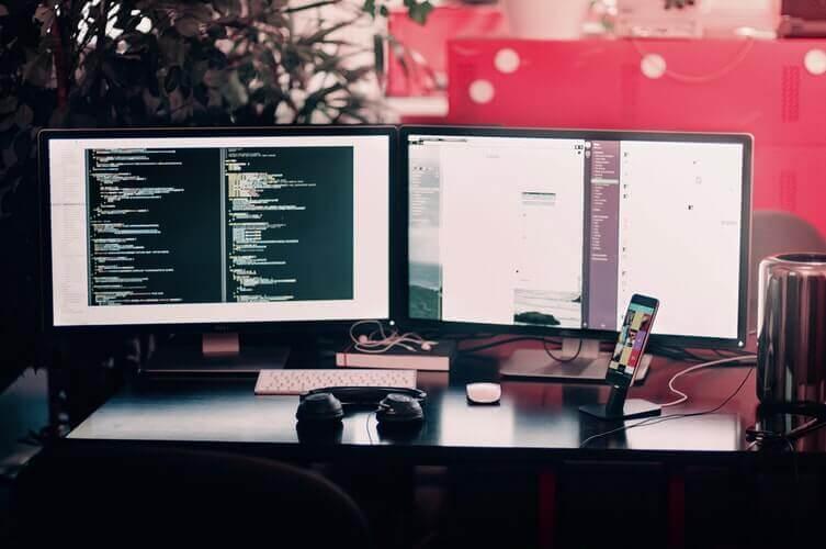 Mejores monitores con altavoces